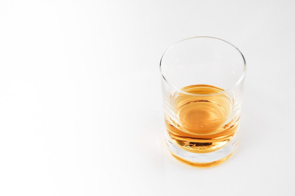 glass-whiskey.jpg