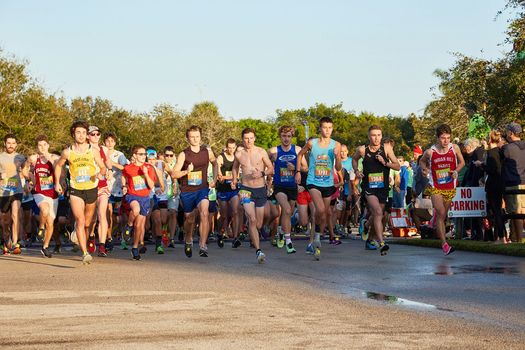 13th Annual Thanksgiving Day Trot Against Poverty