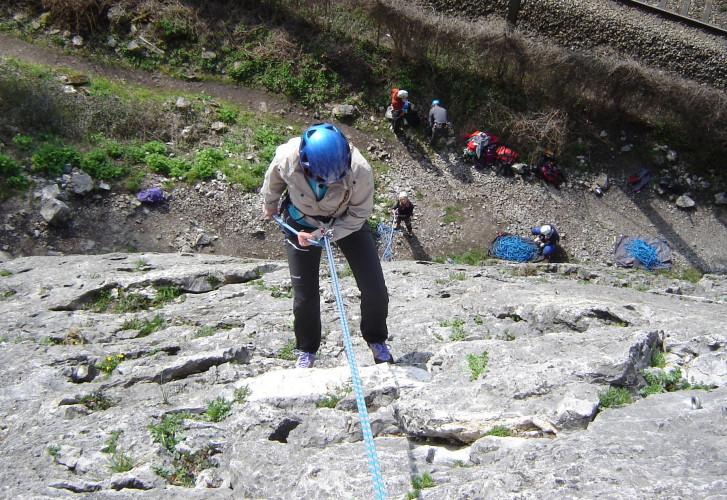 SORTIE - Initiation et découverte de l'escalade en falaise