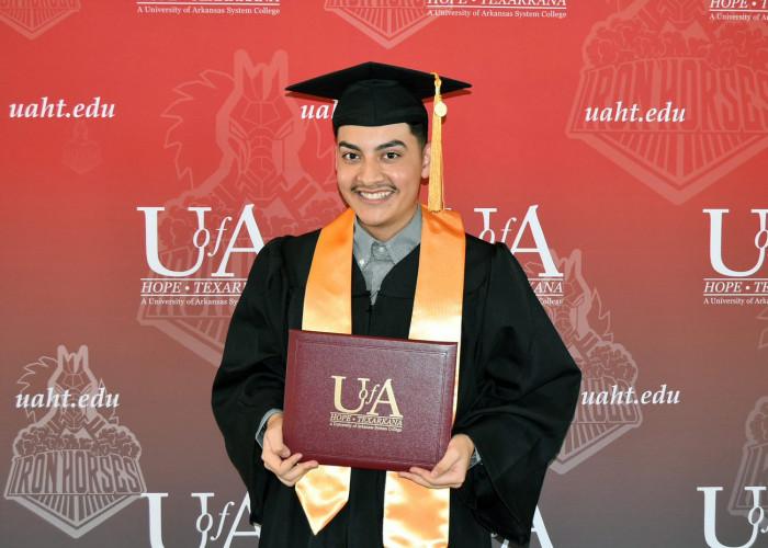 U of A Hope-Texarkana Virtual Commencement Ceremony