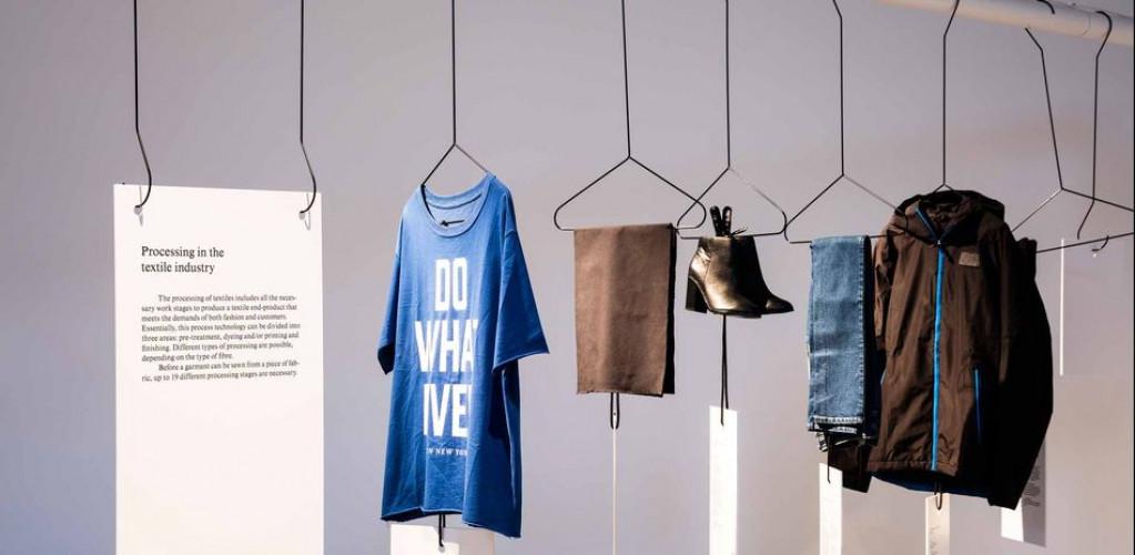 Fast Fashion: The Dark Sides of Fashion