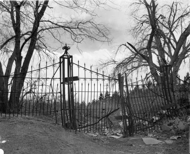 10092015 Cheeseman Cemetery 3.jpg