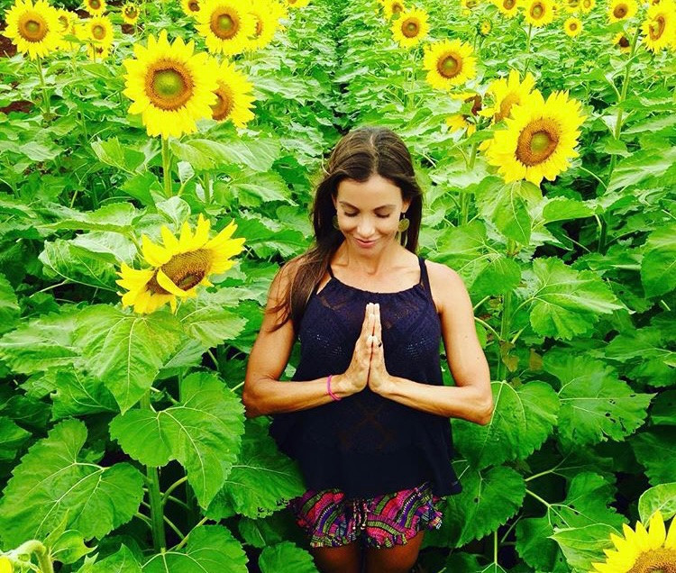 Hot & Healing Gratitude Flow