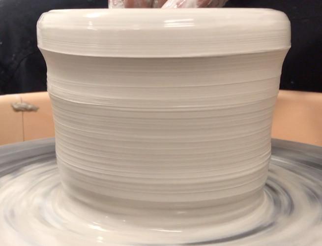 SÁBADOS - Workshop de Cerâmica: Roda de Oleiro