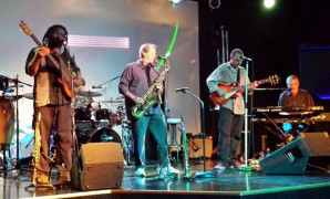 Live Music with The AmoSphere